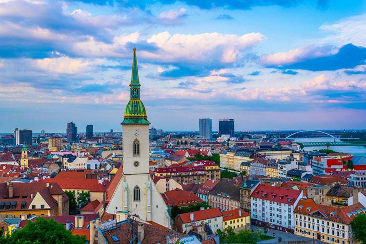 چگونه اقامت اسلواکی بگیریم